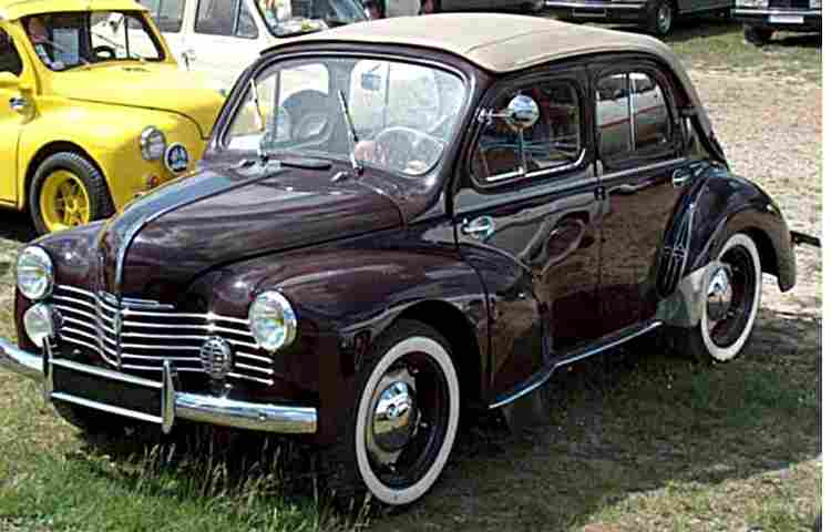 renault 4 cv decouvrable voiture routi re de 1948. Black Bedroom Furniture Sets. Home Design Ideas