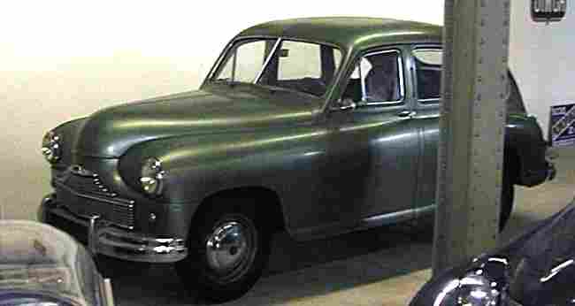 de 1940 1949 page 1 les voitures anciennes de collection v1. Black Bedroom Furniture Sets. Home Design Ideas