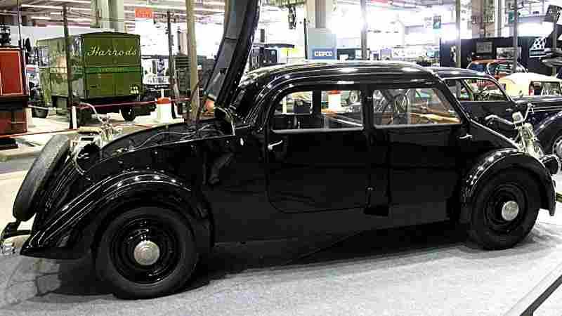 les voitures anciennes non polluantes electrique voitures anciennes collection v2. Black Bedroom Furniture Sets. Home Design Ideas