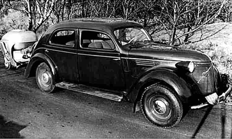 de 1940 1949 page 2 les voitures anciennes de collection v1. Black Bedroom Furniture Sets. Home Design Ideas