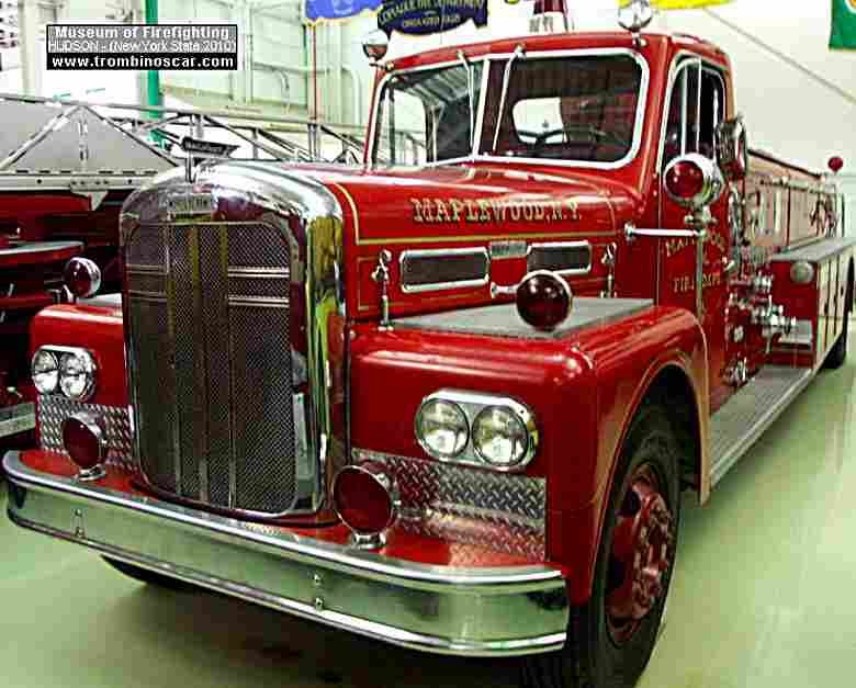 ward lafrance 185 quad camion ponpier de 1959 voitures anciennes de collection v2. Black Bedroom Furniture Sets. Home Design Ideas