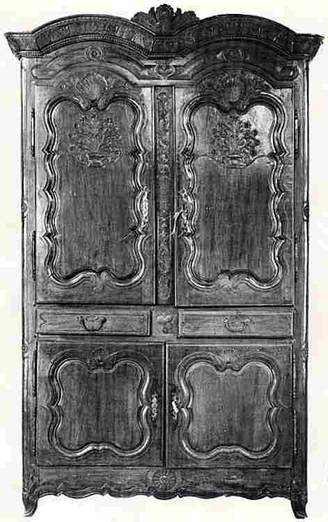 Les armoires anciennes en images meubles anciens une for Meuble ancien du quebec