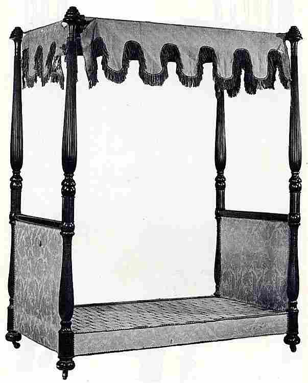 les lits en images les meubles anciens une valeur refuge. Black Bedroom Furniture Sets. Home Design Ideas